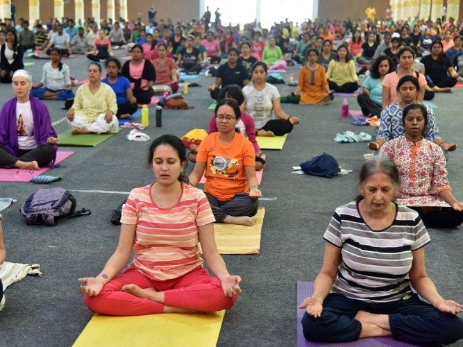 Traditional values, Yoga helpful in treating depression: Prez