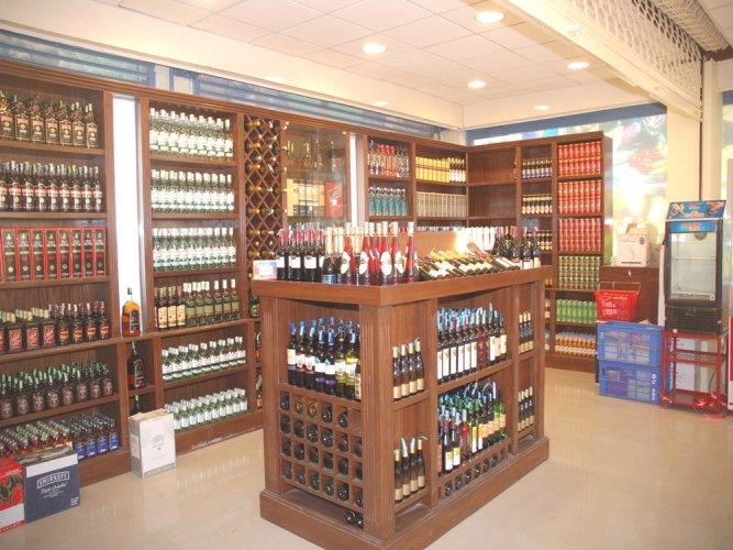 Liquor shops, bars closed on April 20 over SC ban