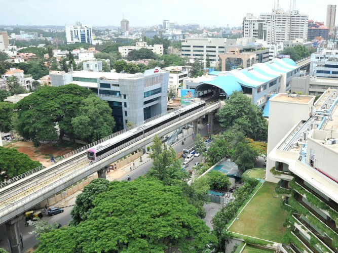 Snag hits metro at MG Road station