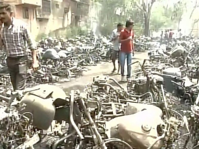Over 200 vehicles gutted in fire at parking area in Chhattisgarh