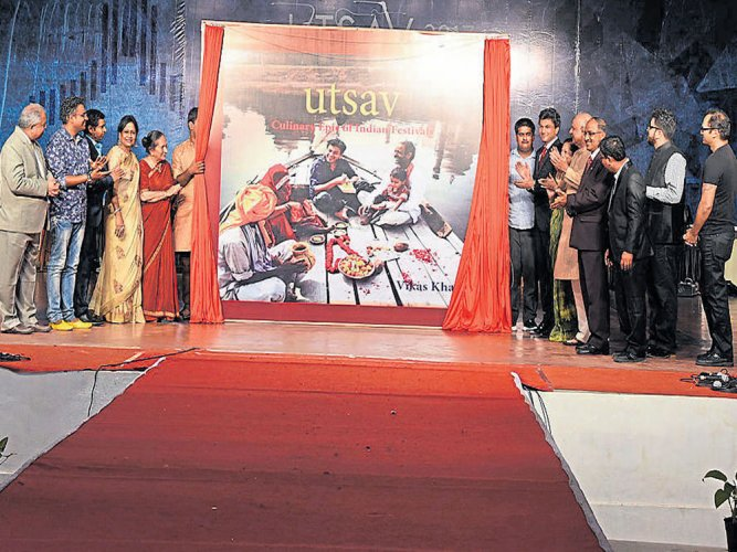 Vikas Khanna unveils his book 'Utsav 2017'