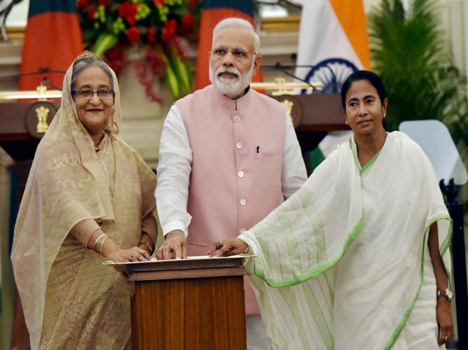 Mamata's new proposal on sharing water fails to enthuse Bangladesh PM
