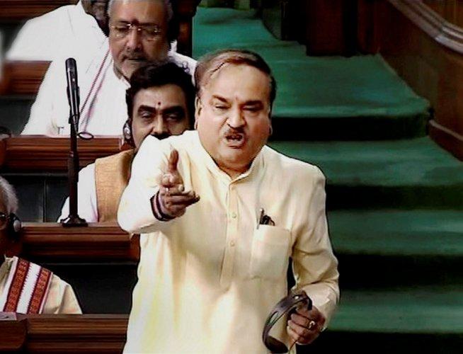 BJP virtually disowns Tarun Vijay for 'racist' remarks