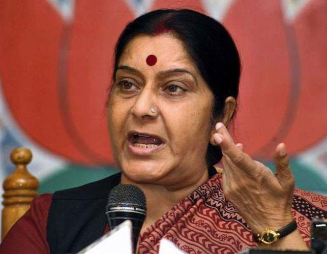 Sushma denies seeking help from Tharoor in Jadhav's case