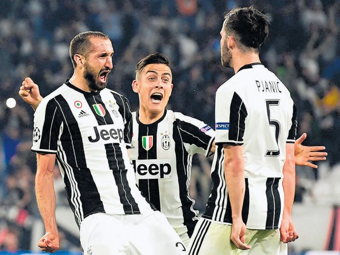 Juve rattle sloppy Barcelona