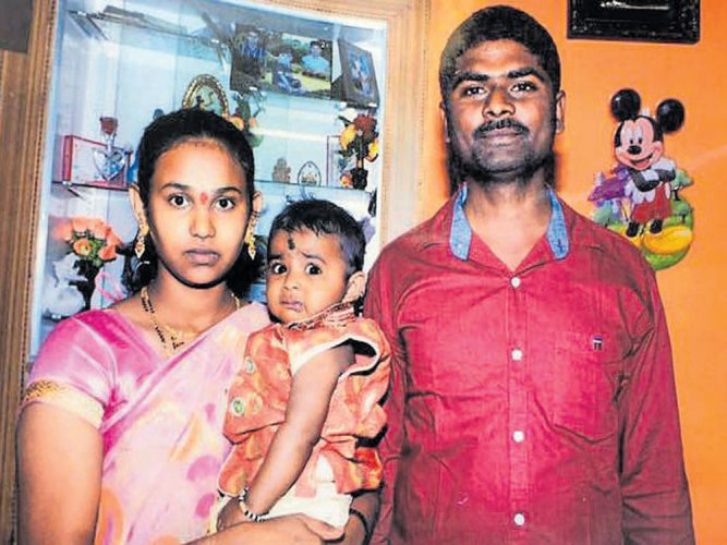 Suicide pact: Man & child die, wife survives