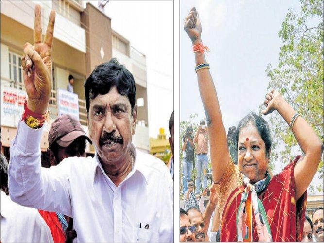 Cong retains Nanjangud, Gundlupet in bypolls