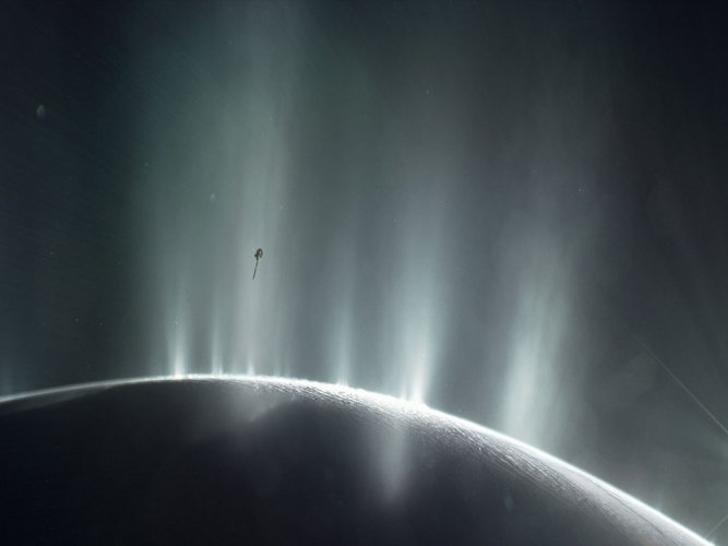 Saturn moon Enceladus could sustain alien life: NASA