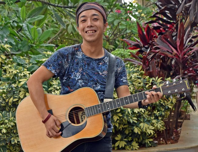 This young musician is singing his way around the world