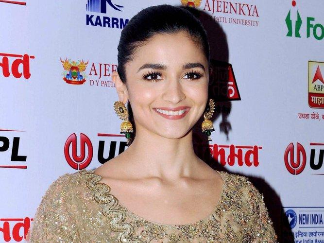 Didn't make 'Udta Punjab' to win National award, says Alia