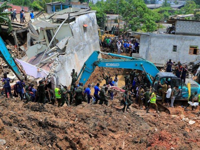 Death toll in Sri Lanka dump collapse climbs to 29