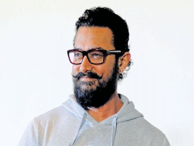 Aamir Khan promotes 'Dangal' in China ahead of release
