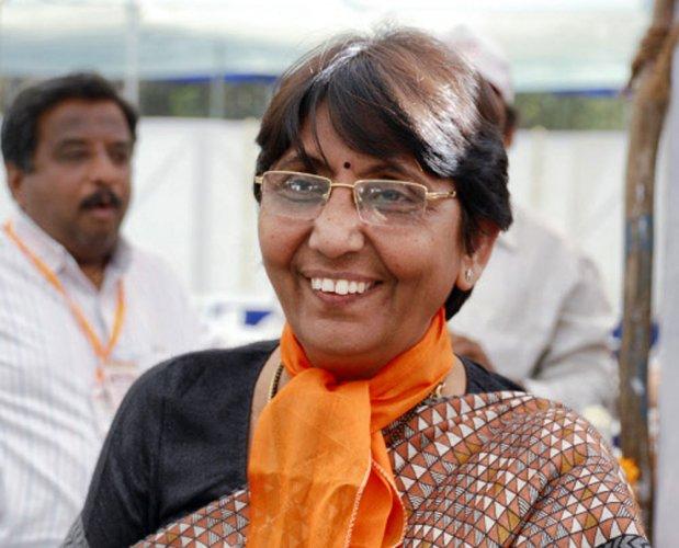 Naroda Gam victim asks to change judge, cancel of Maya Kodnani's bail