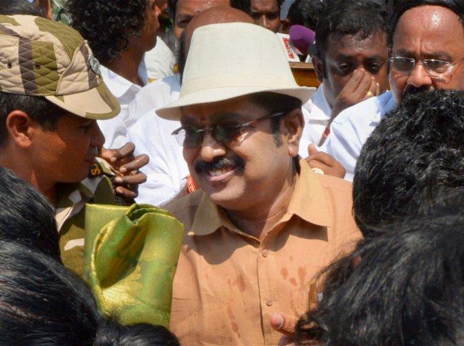 Dhinakaran cautious; says MLAs meet not show of strength