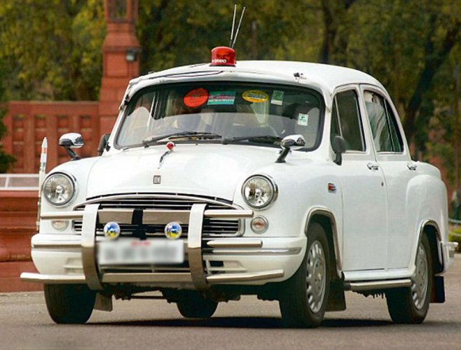 Scindia welcomes Centre's decision to remove red beacons