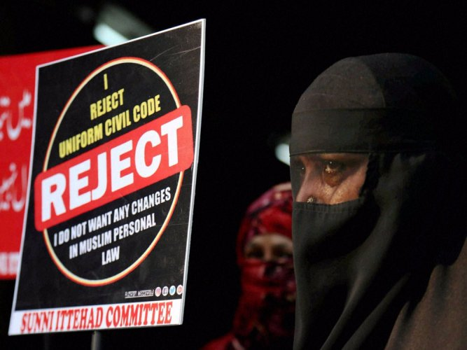 HC refuses to hear PIL to stop triple talaq on Hindu wives of Muslim men