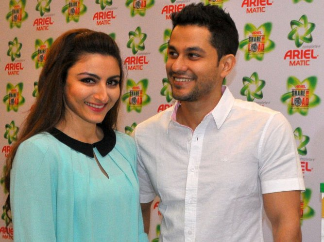 Kunal Khemu confirms Soha's pregnancy