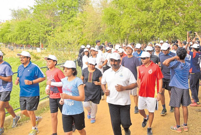 Residents' efforts raise hopes for Vibhutipura lake
