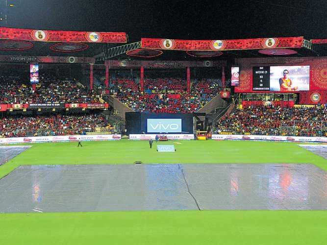 Rain adds to Challengers' woes