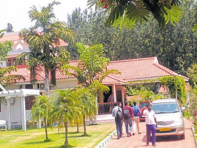 I-T searches on Chidambaram's kin in Kushalnagar