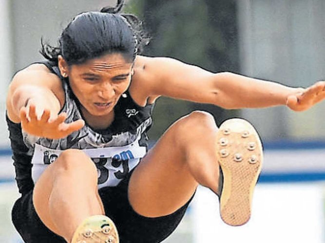 Neena clinches India's lone gold