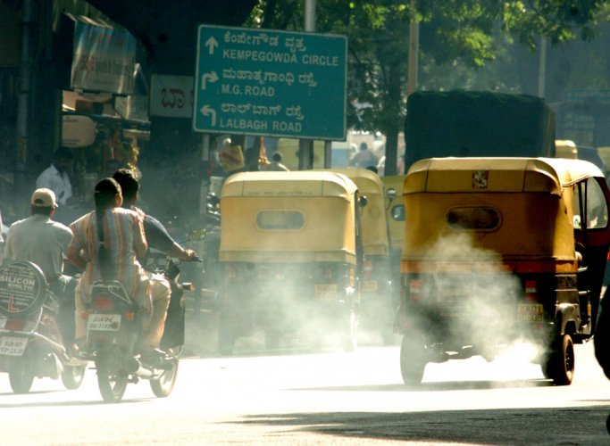 Air pollution can up heart attack, stroke risk