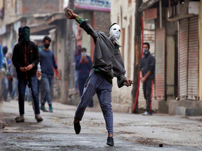 JK stone pelters part of pan-Islamic intifada movement: Ashwani Chrungoo