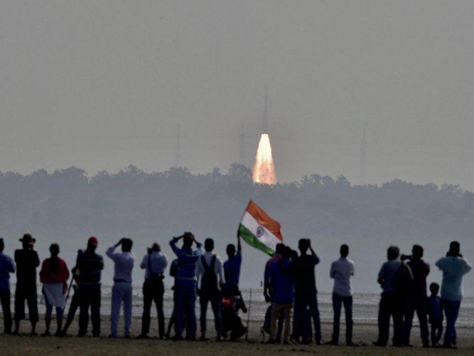 PAC seeks inquiry against space dept