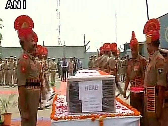 Army, BSF bid farewell to soldiers slain in Pak attack