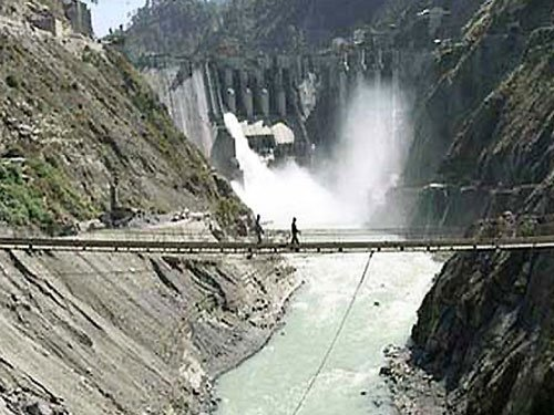 Pak to work with India, Afghan on water management