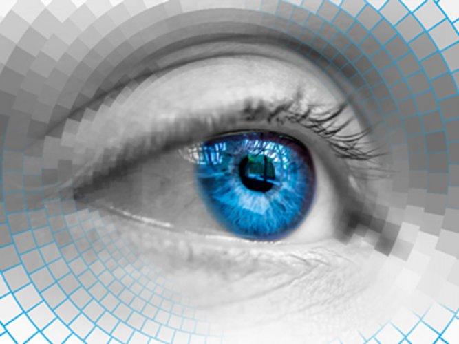'Smart' contact lens may diagnose diabetes, glaucoma
