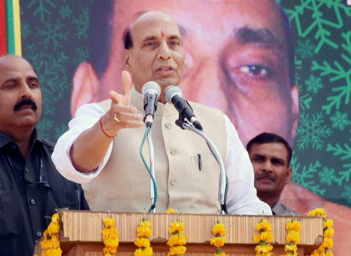 Rajnath Singh calls for 'unity of purpose' to tackle Naxals
