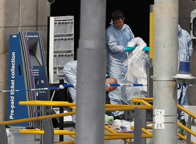 Islamic State claims responsibility for Manchester arena attack, one held