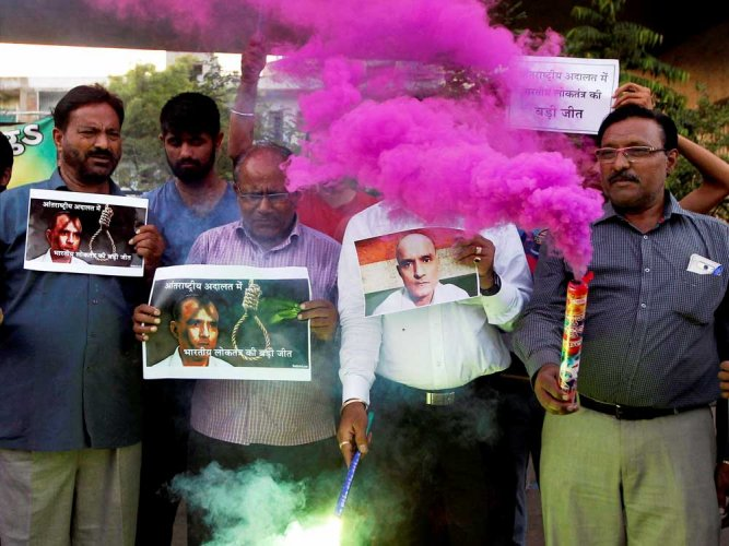 Jadhav will not be executed until mercy pleas exhausted: Pak