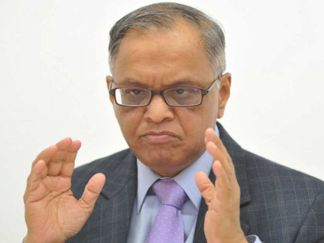 Murthy asks senior execs to take pay cuts