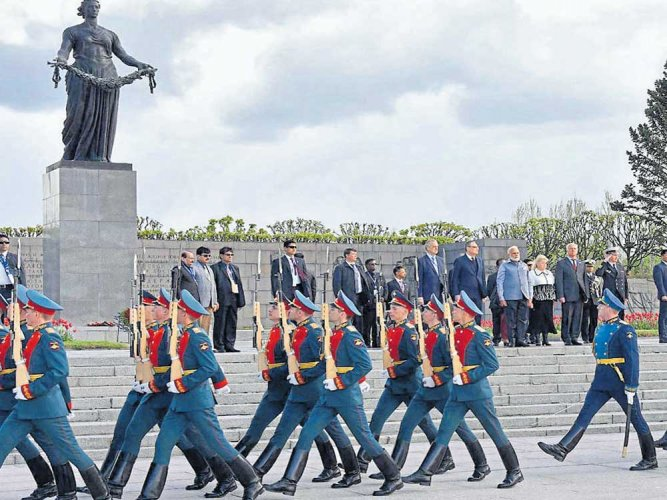 India, Russia decide to upgrade, intensify defence cooperation