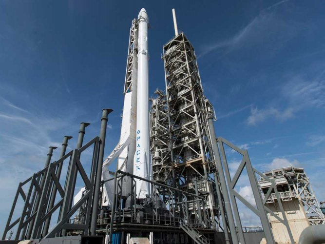 SpaceX to launch first 'recycled' cargo ship