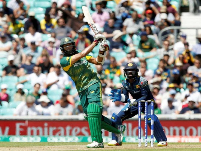 Amla's ton guides SA score 299/6 against SL