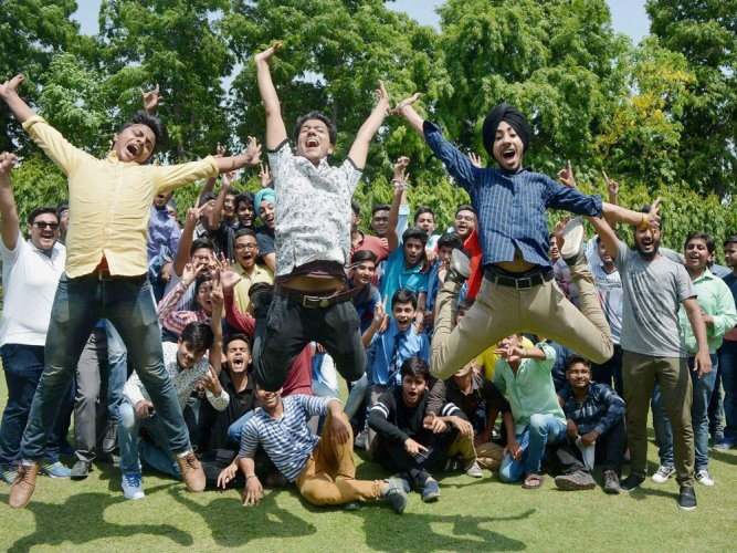 Boys outshine girls in CBSE Class X exams
