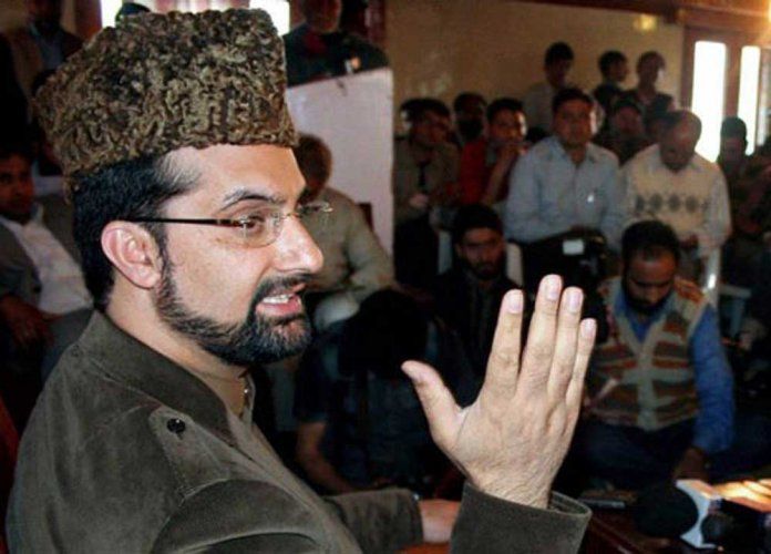 Separatists stopped from holding meeting, Mirwaiz put under house arrest