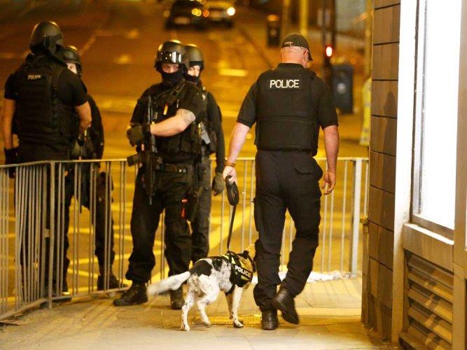 Police make more arrests over London terror attack