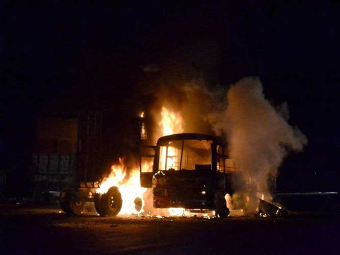 24 charred to death in UP after bus-truck collision