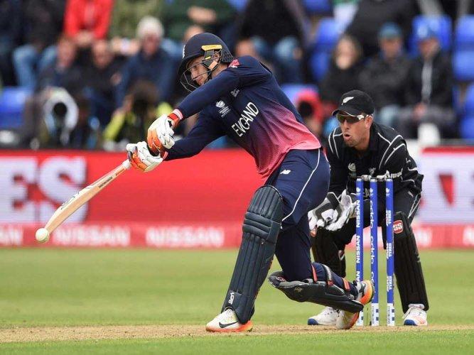 Buttler's late burst takes England past 300-run mark