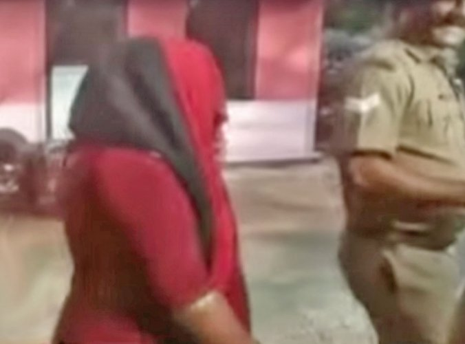 Maha: Dalit woman, 50, beaten and stripped on theft allegation