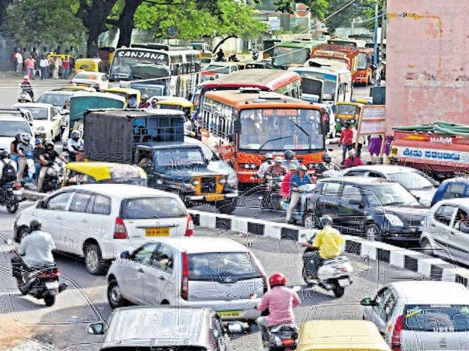 One lane of Okalipuram corridor opened to traffic
