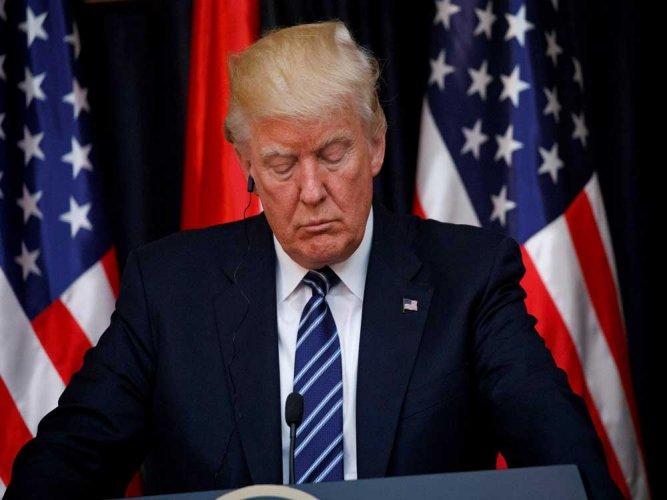 Trump calls King Salman on Qatar crisis, asks for Gulf unity