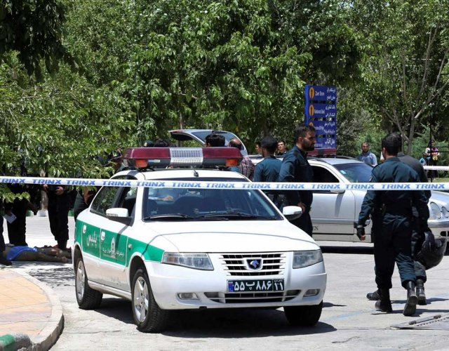 Tehran attackers were Iranian IS recruits: official