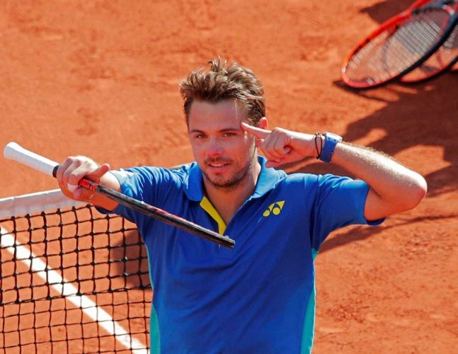 Wawrinka in French Open final after epic win over Murray