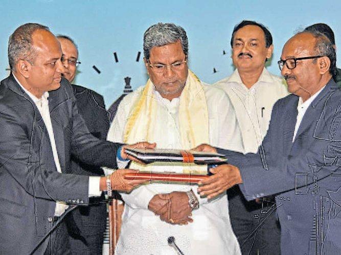 Karnataka, Siemens sign MoU  for skill development