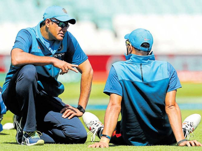 India take on SA in crucial tie